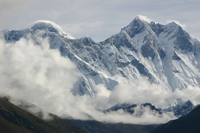 Mount-Lhotse
