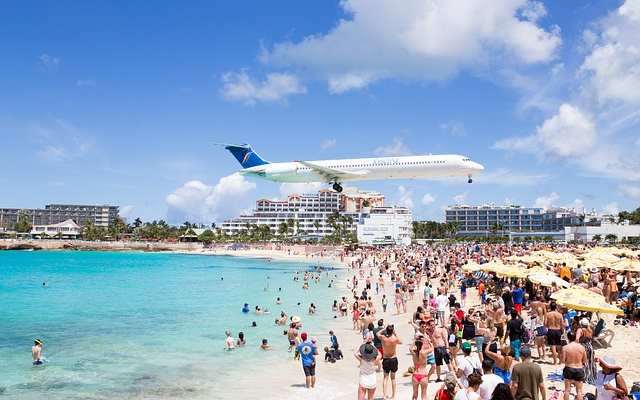 Maho Beach Airplane